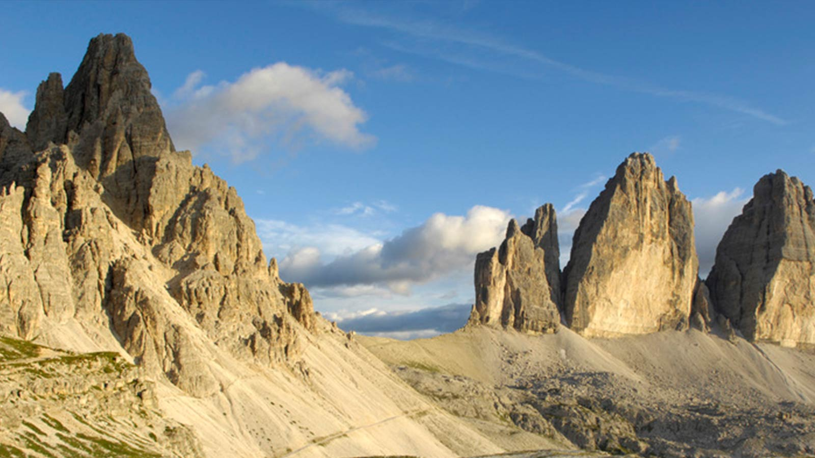 Dolomites three peeks of lavaredo bolzano